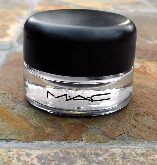 "MAC Fluidline ""Blacktrack"""
